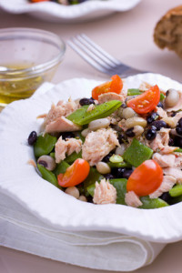 Healthy bean salad with cherry tomatoes and tuna
