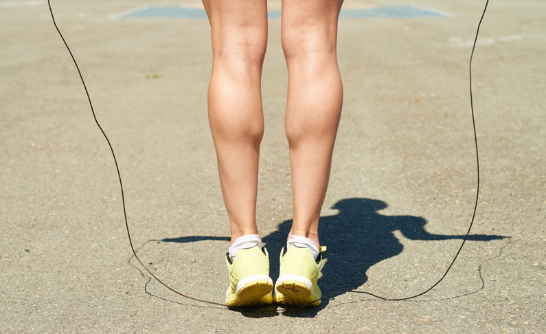 This 4-Min Jump Rope Routine Takes Your Bones, Calves & Cardio To The Next Level