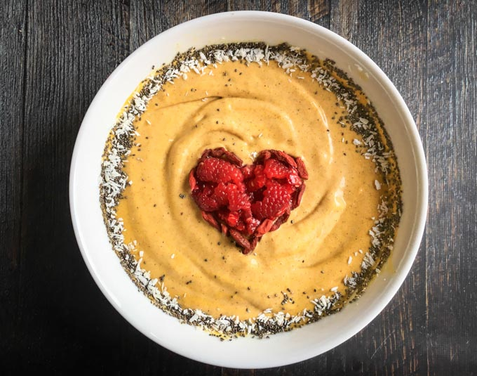 Golden Smoothie Bowl