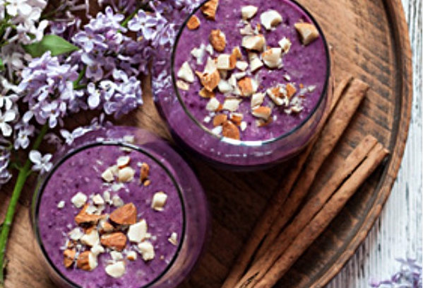 Blueberry Banana Ginger Shake