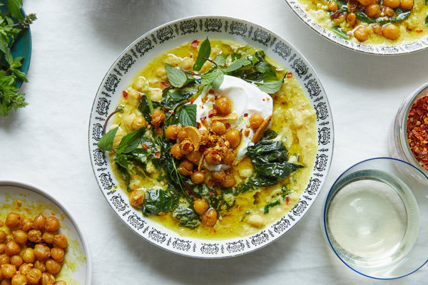 The Stew That Broke The Internet – Spiced Chickpea Stew With Coconut and Turmeric